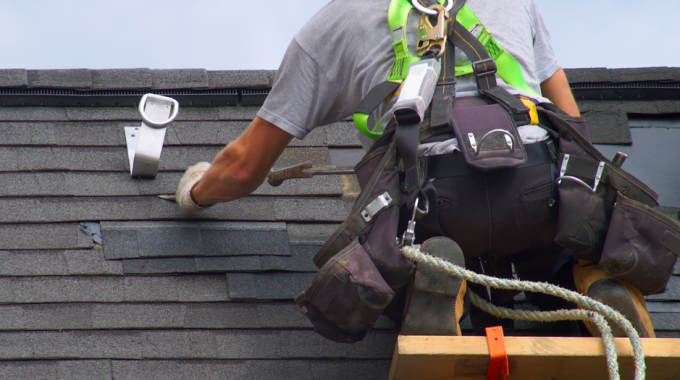 How To Find The Best Roofing Repair Company In Lombard: Things To Look Out For